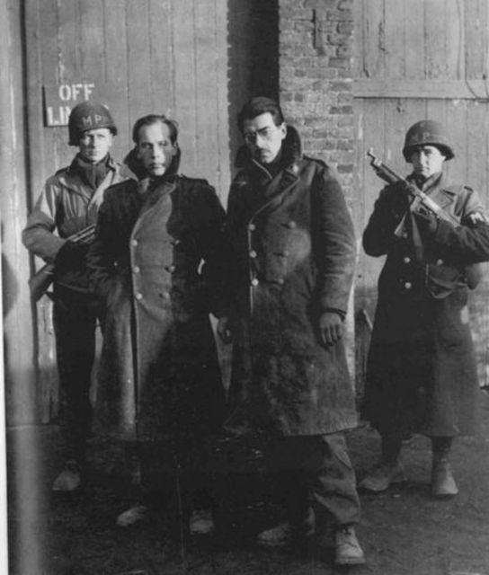 Comandos alemanes capturados tras las líneas norteamericanas